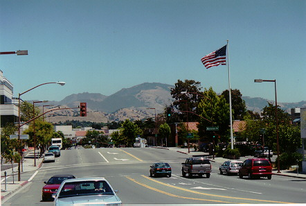 Gorgeous view from Mt. Diablo Blvd., Walnut creek, California